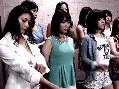 Itagaki Azusa, Mirei Yokoyama, Haruki Sato, Reiko Kobayakawa en desnudo aceite Catfight Grand Prix 2 parte 1.1