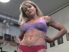 Mandy - gimnasio masturbacion
