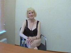 Rubia rusa Granny conoce no a su hijo