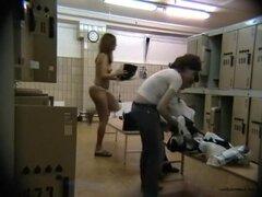 Fabuloso video Amateur con camaras ocultas, escenas de cambio de habitación,