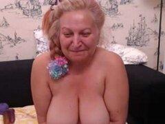 Madura a abuela digitación Pussy Play