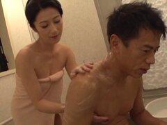 Momentos jabonosa calurosa con su querida bella Nanami Hisayo - Nanami Hisayo