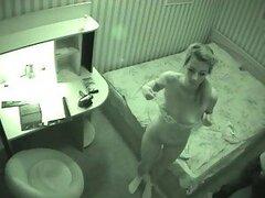 Caliente camara oculta de una cachonda adolescente hambrienta de verga filmandose follando