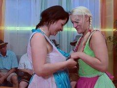 Orgía de mierda lederhosen alemán caliente extremo gangbang fiesta Orgias con chicas calientes