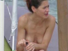 MILFs Amateur topless - Voyeur playa cerca. Topless Amateur MILFs - cerca de la playa Voyeur-amateur, milf, estudiantes, público, al aire libre, topless, voyeur, playa, primer plano, tetas grandes, tetas, spy cams, spy-playa