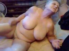 75 años vieja tetona madura dedo se folla a su cachonda coño madura abuela porno maduras viejas corridas cumshot