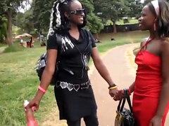 ¡ Wow! ¿Cómo por favor, culo y coño africano? Estas lesbianas africanas será