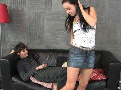 Sandra le gusta la sensación de un schlong palpitante entre las piernas - Sandra