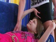 Chica euro Tetona follando en el sofá