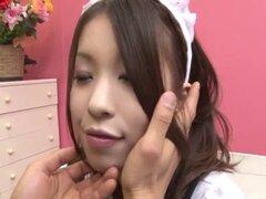 Nao Kojima sirvienta japonesa folla con su maestro