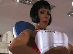 Valentine Demy - mamá Dped en gimnasio Club