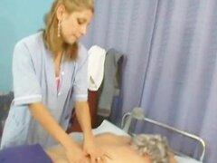 Abuelo follando en un hospital