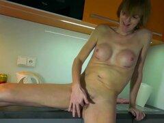 Vídeos de sexo gratis - Bomb Cum Tube Mayores cachondas maduras abuelas solo masturbación colección