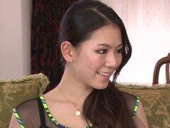 Exótica chica japonesa Kei Akanishi en JAV cachondas sin censura clip Mamadas