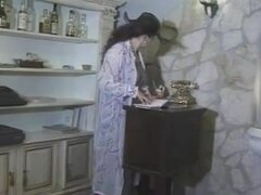 Jessica Rizzo - Nera de Carne por La Signora Rizzo, mi favorita mujer madura italiana peluda. Tetas reales, no de plástico.