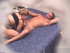 Pornstar caliente clip de sexo de voyeur morena, crazy, mirilla porno te pone en un punto de vista de voyeur y te permite ver toda la acción amateur como si los participantes no sabían que estaba allí. Por supuesto, todo el porno requiere permiso y éste h