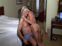 lapdance músculo obligado para el anciano