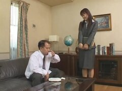 Nuevo personal de la oficina, bastante Shou Nishino está de vuelta con algunos cosplay de lady (OL) de oficina en la que trabaja como asistente de oficina bastante. También hacia atrás son los actores de Soft On Demand loco que son algo bastante divertido