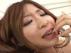 Nana Otone consigue polla aspirado en snatch peluda
