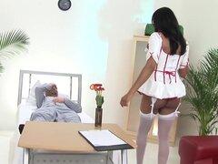 Increíble pornostar India chica en mejor clip de adulto facial, hd, India es una enfermera tetona con tetas gigantes. Se ve tan sexy en traje de enfermera. Ella deja sus tetas cuelgan hacia fuera y luego ella se la follan en su coño por su paciente, porqu