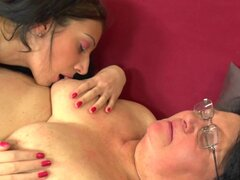 Fat woman seduced by a pussy craving brunette lesbian girl - Nathalia,Rajsa W.