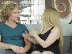 Entrevistas con tus diosas de sexo preferido amantes de pollas gordas - Aiden Starr