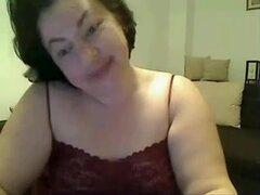 Aquí presentando mi plaza de aparcamiento en mi webcam amateur gratis, actúo como una milf naughty, hacer alguna webcam amateur striptease, me chupo mi dedo era una varilla y presento mi max de glúteo.