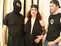 Sofía le pide otro gangbang