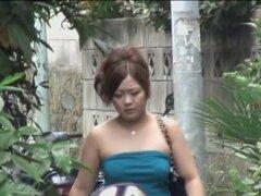 Gordita asiática lady experimentado sharking shuri en esa calle, esta señora gordita estaba usando un acceso directo a su casa cuando ella tuvo que enfrentarse con el hecho de que ella fue escogida en el proyecto con el tipo de shuri de usura que quería d
