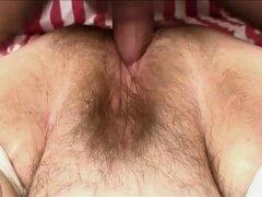 Gordita pelirroja le encanta tener un palo duro de perforación su castor peludas