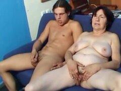 Masturbación de la pareja con Abuelita 01 (cámara lenta),