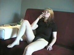 ¿Crackhead maduro, WTF esta pasando con esta chica? Sólo puede encontrar al ver este video loco!