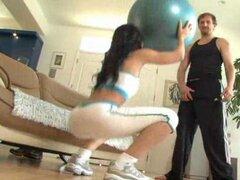 Modelo de fitness Español perforado por el culo
