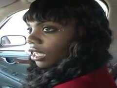 Mariah Kakes es una prostituta de la calle negra,