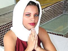 Chica árabe obtiene interrogado!