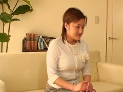 Película de Spy voyeur en el que una calentorra japonesa es perforada áspera, Fumiko es una secretaria japonesa que es caliente todo el tiempo y cada vez que su jefe le pide para una buena cogida, ella acepta. En este video con escenas hardcore voyeur cho