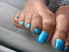 Odessa Jones azul uñas de los pies