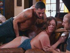 Morena Maddy Oreilly golpeado por un extraño con su hombre mirando - Maddy Oreilly,Damon Dice