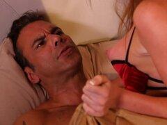 Marie McCray en verdad, escena 05 - BSkow, en 'Verdad,' Lucas (Steven St. Croix) con su partido durante un doblador de fin de semana lleno de sexo con Cindy (Marie McCray), una hermosa 22 años de edad que intenta chantajearlo derramado bajo la influencia