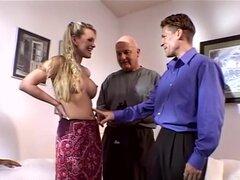 Nina Ferrari está jodida tonta mientras su marido observa