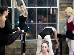 Ashley Stone y Jenna J Ross son chicas traviesas que anhelan sexo lésbico - Ashley Stone, Jenna J Ross
