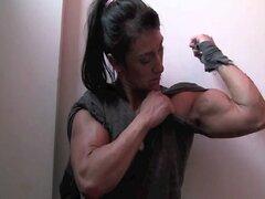 Chica fitness - rasga la camisa