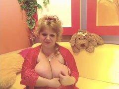 Madura desnuda en WebCam