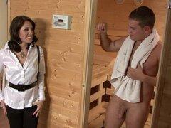 Magnetic babe lets the sauna guy enter her vaginal depths - Leony Dark