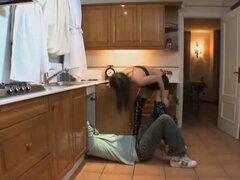 Samia Duarte la tira-teaseuse et le plomero
