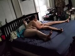 Chica gorda amateur con enormes tetas cabalga una polla en cámara oculta