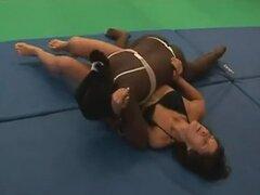 Lucha femenina sexy - negro vs blanco