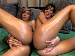 Web cámara Lesbian Show, estos engrasado encima de lesbianas saben exactamente qué hacer para.