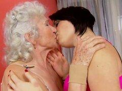 Amor eterna está aquí y vivo como una abuela consigue ocupado