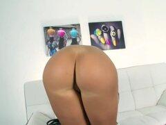 Kyra caliente en primera vez escena de Kyra Hot de sexo!, MiPrimerPorno tiene uno bueno para usted! Caliente de Kyra es conocida por ahora... Si no sabes. Ahora aquí es el momento para que usted pueda llegar a conocerla. Se trata de su primera sesión que